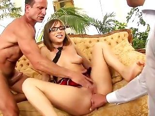 Tina Hot Schoolgirl Dp