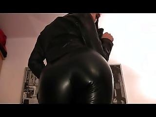 Leather Domina