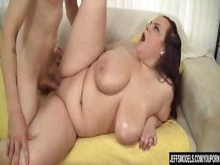 Round And Raunchy Bbw Fucks A Sleazy Guy
