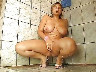 Amateur, Heels, High Heels, Masturbation, Shower, Squirt