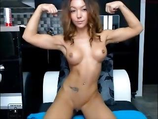 Hot Webcam Girl Flexing Biceps