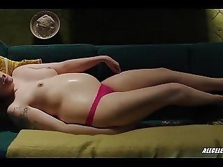 Lena Dunham In Girls S06e08