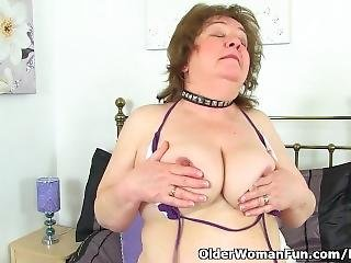 Uk Granny Susan Strips Off And Dildo Fucks Her Old Fanny