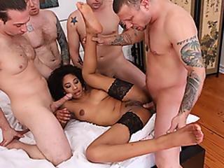 anal, rompe, babe, svart, blowjob, brunette, deepthroat, ebony, fingering, gruppesex, håndjobb, mange raser, sexy, stramt, stram rumpe, hvit
