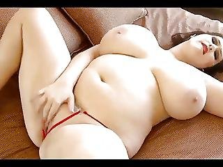 Juicy Chubby With Massive Natural Boobs Plays On Bed
