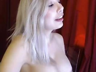 *xsandyx* Blonde Plays With Her Dd Tits And Pussy