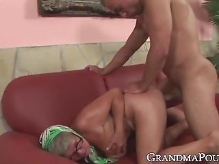 Ebony γιαγιά σεξ