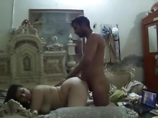 Arabka, Azjatka, Hinduska