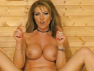 Lynda Leigh On Bs In The Sauna