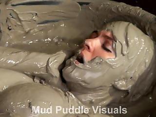 Mpv Rockell Solo In The Clay Bath Hdtrailer