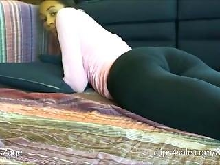 Yoga Pants Fart