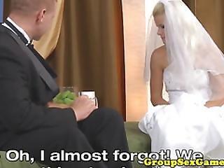 Boazuda, Linda, Loira, Noiva, Elegante, Clitóris, Vestido, Comida, Glamour, Lamber, Oral, Cona, Realidade, Estória, Casamento