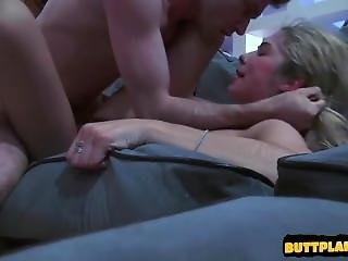 Hot Girl Sex With Cumshot