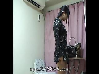 Peeping The Buttocks Of Japanese Teen Girl.