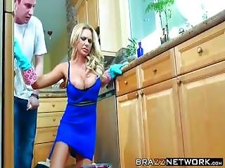 Cleaning Slut Briana Banks Gets Banged Wildly In A Kitchen