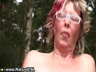 Mature Mom Loves Fucking Her Own Tight