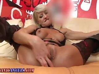 Masturbation lesbion sexis orgasam