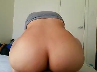 Big Booty Dominican Riding Big Dick