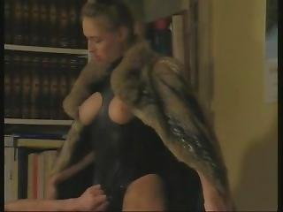 Carol Lyn Have Sex In Fur Coat