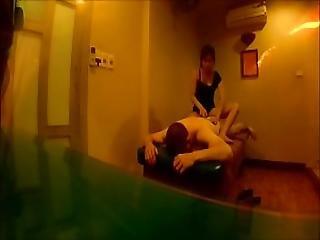 Wet Sauna Bubble Bath And Chinese Body Massage With Handjob