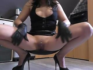 Black Leather Gloves Masturbate