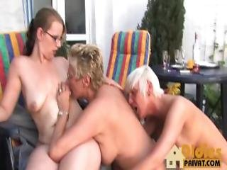 aleman, lesbianas, madura, afeitado, threesome