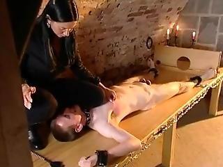fetiche, prision, tortura
