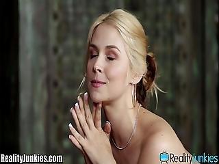 Sarah Vandella Seduces Her Big Dicked Masseur