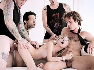 Petite Piper Perri Had An Orgy With Her Boyfriends Friends