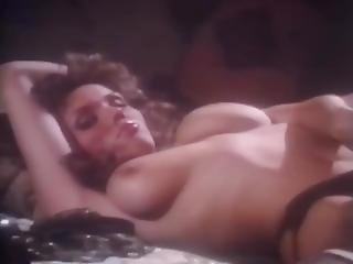 Playmate January 1983: Lonny Chin