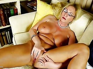 gros sein, seins, mature, milf, maman, vieux