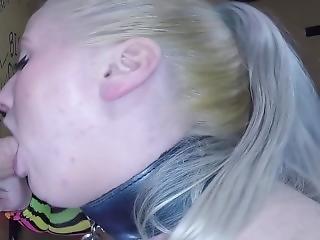 actie, chick, dikke tiet, blonde, pijp, ejaculatie, deepthroat, fetish, slet