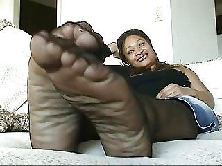 Country Black Girl Pantyhose Feet Play