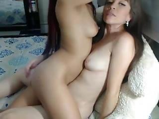 6cam.biz Amateur Jessikapalmer Flashing Boobs On Live Webcam