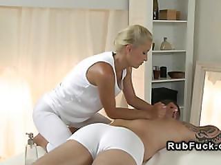 Masseuse Wanks Big Cock To Orgasm