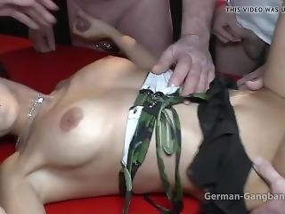 Spritzt Tief Rein ..._jamies_creampie_gangbang