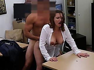 Pretty Hot Chick Sucking Huge Meaty Hard Pole