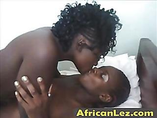 Lovely Black Babe Lesbians Licking Wet Pussy