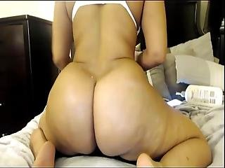 Here Is My Big Booty Watch Me Live On Findchatsex.com