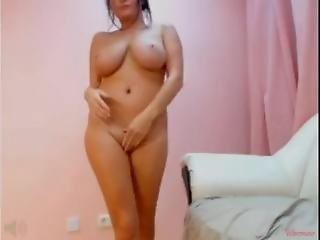 Hot Mature With Big Boobs On Webcam - Camclipdotwebcam
