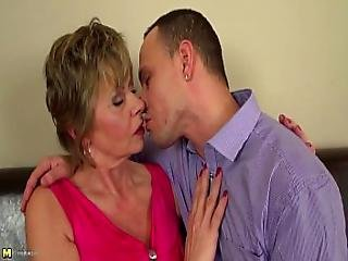 Homeboy Fucks Mature Mother From Look4milf.com Rough And Nice