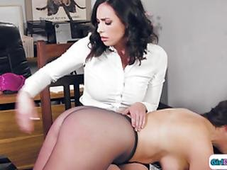 Employee Has Leverage Over Busty Boss And Spanks And Facesit