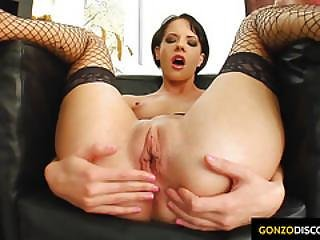 Liz Getting A Messy Dripping Cum Creampie Injected Into Her