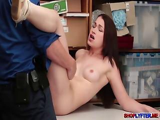 amateur, pipe, brunette, hardcore, punition, réalité, sexe, Ados, voleuse