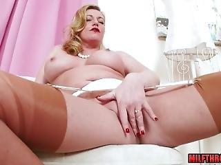 Big Tits Milf Nylon And Cumshot