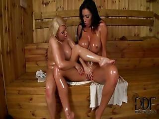лесбиянка, массаж, промасленный