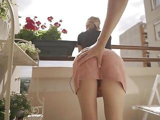 Balcony Sex, My Pussy Makes Him Cum In 2 Minutes - Morningpleasure