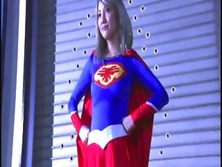 Supergirl Japan - subtitled Rated PG-13
