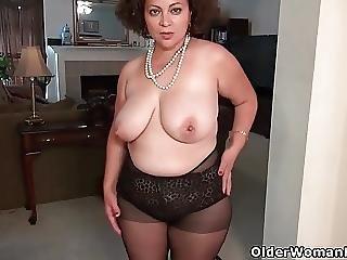 America S Sexiest Milfs Part 9
