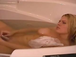April Brooke Cynthia Lea 2004